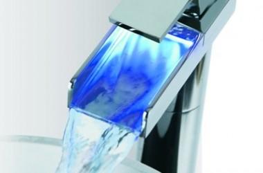 Kolorowa woda – podśwetlane baterie łazienkowe