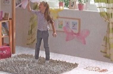 Hello Kity na panelach do pokoi dziecięcych