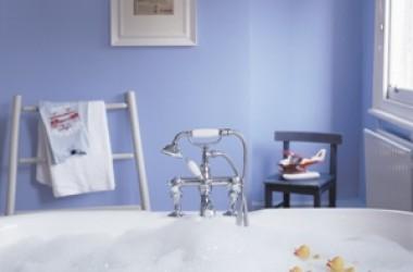 Ściany w łazience – co zamiast glazury