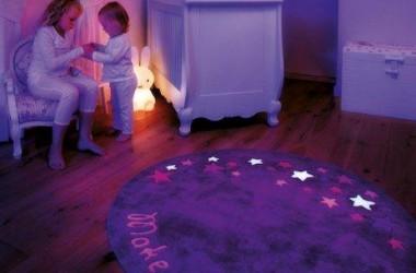 Fluorescencyjne dywany do pokoju dziecka
