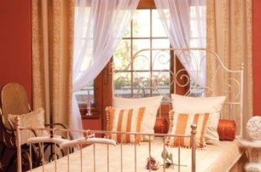 Aranżacja New Romantic w sypialni