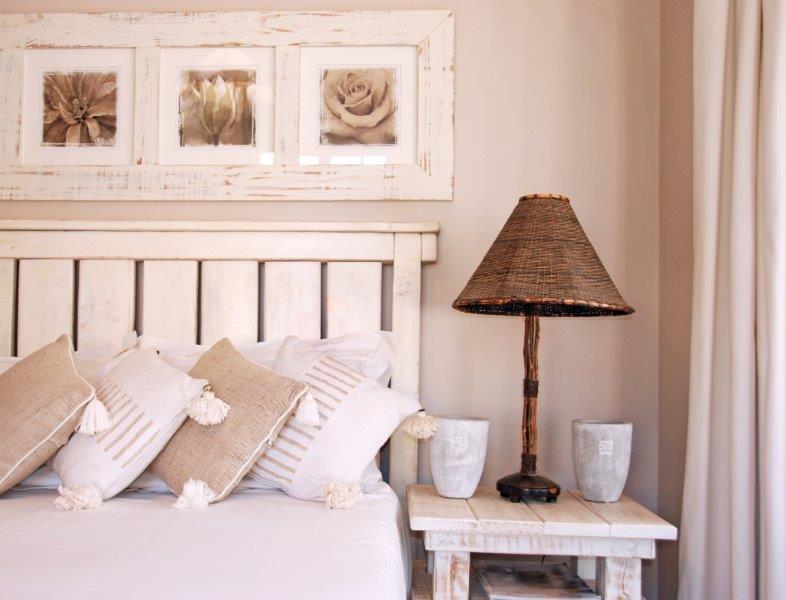 Do sypialni wybierajmy delikatne i spokojne kolory (zdj. Porta)