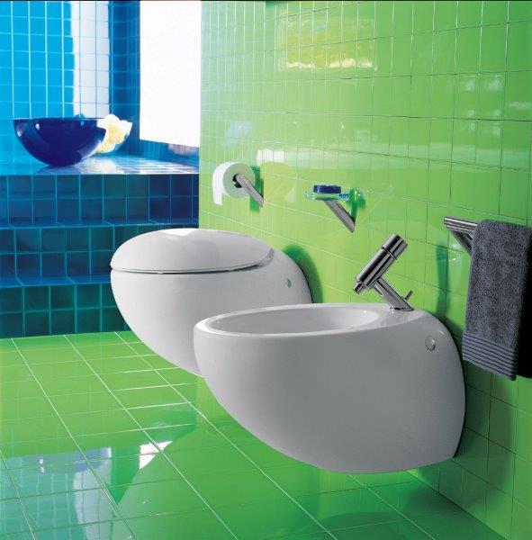 Klasyczny bidet zamontować można w dużej łazience Fot. Oras