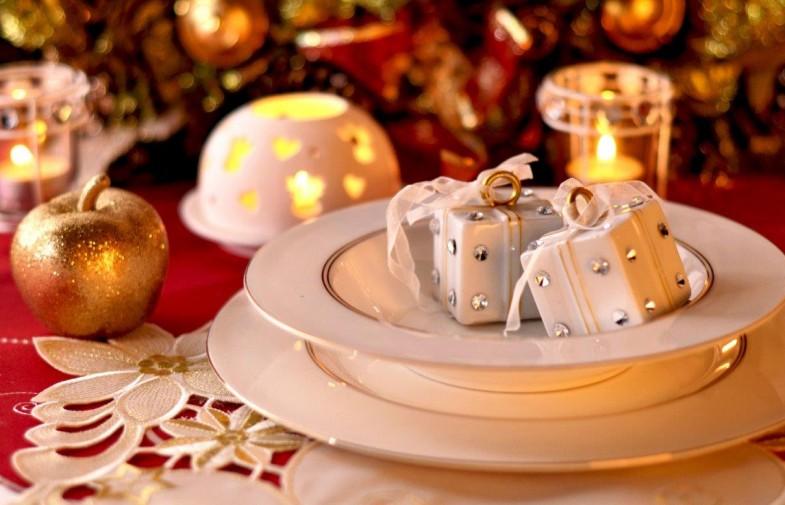 Dekoracje na Boże Narodzenie; świąteczny stół