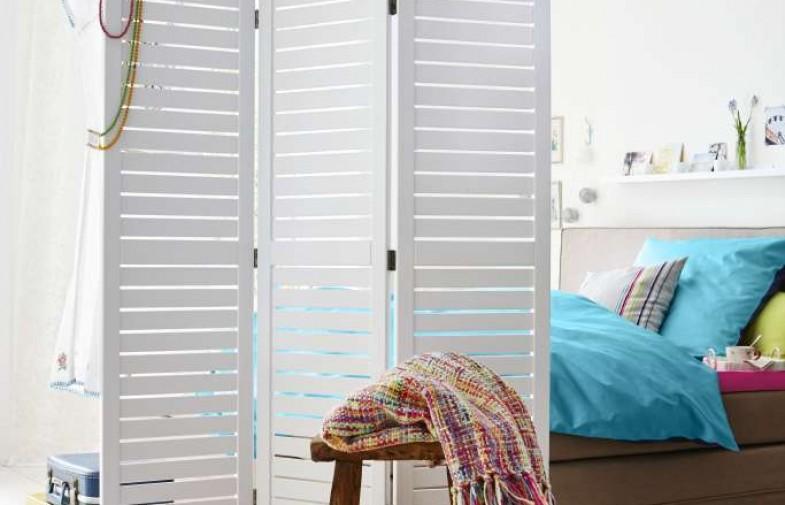 Jak podzielić pokój – miejsce na łóżko i biurko