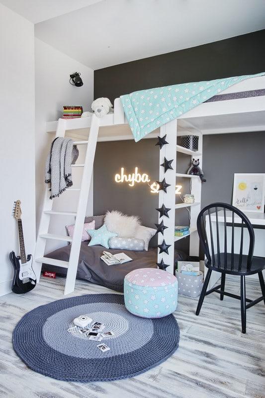 Łóżko piętrowe w pokoju córki Anny Dereszowskiej