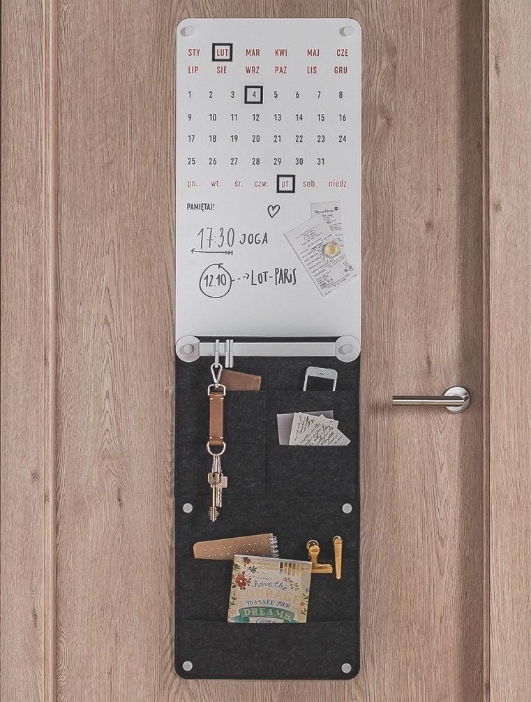 Drzwi SMART miejsce na klucze