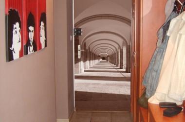Metamofoza drzwi wejściowych w mieszkaniu