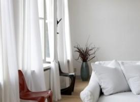 Kolory ścian i podłogi do mebli jesion mocca