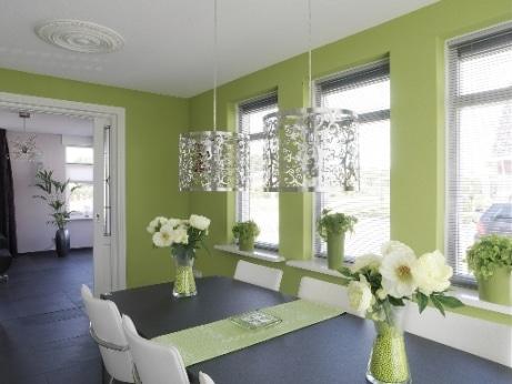 Dekoral, farba Zielone Wzgórze, połaczenie z szarościami i bielą