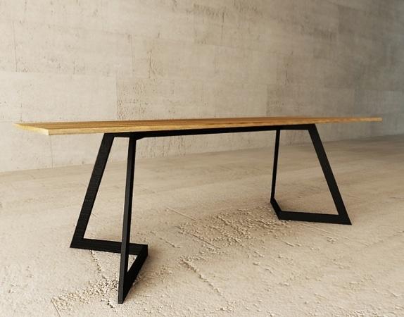 Stół 200x90 cm, blat w fornirze dębowym, nogi stal lakierowana, cena 3660 zł. KKraszewska