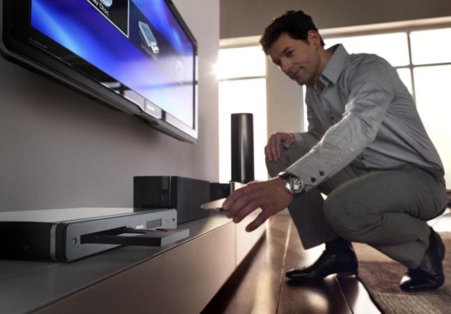 Philips, odtwarzacz płyt Blu-ray. Nowoczesny design, obudowa z blachy aluminiowej