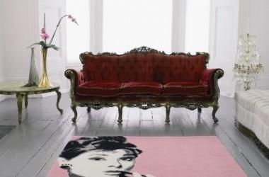 Gwiazdy pod stopami, czyli Audrey Hupbern na dywanie…