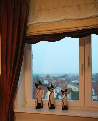 Stolbud, okno