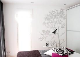 Pomysł na pustą ścianę w sypialni