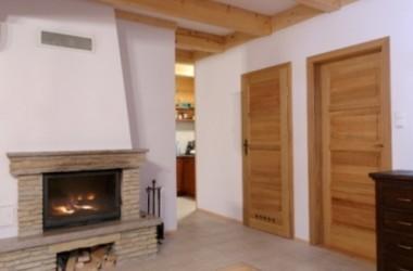 Drzwi z dębu, sosny, meranti lub brzozy