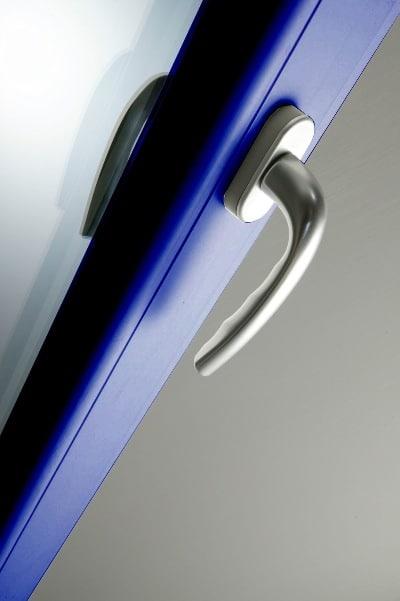 Niebieski profil okna, Oknoplast
