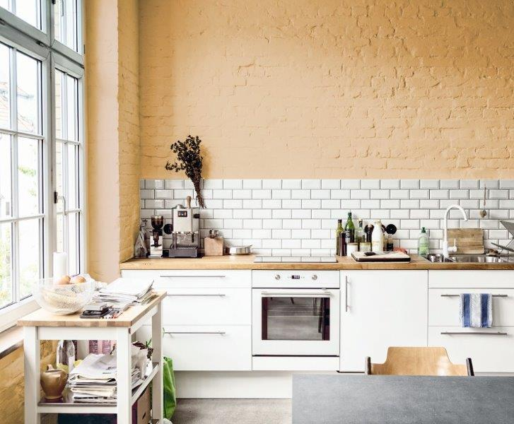 Farby: Tikkurila Optiva Semi Matt 20_kolory Sunshine energy; Creativity; Birch elegance