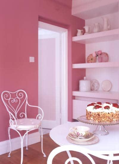 Pokój na różowo, pomalowany farbą Dulux Sweet Memory