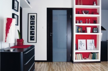 Przeszklone drzwi do mieszkań – więcej światła