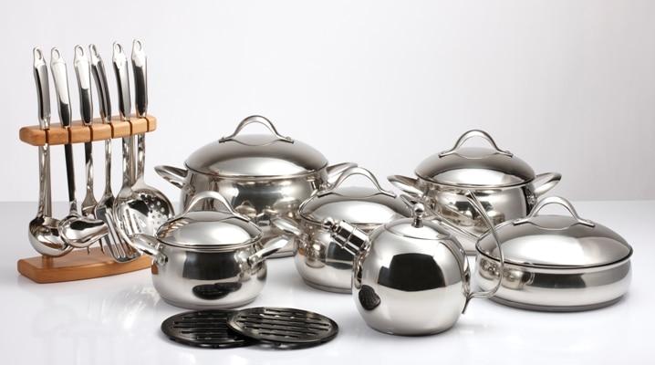 zestaw garnków i narzędzi kuchennych Vittore Comforto Premiere