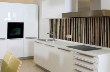 Co zamiast kafli na ścianach w kuchni?