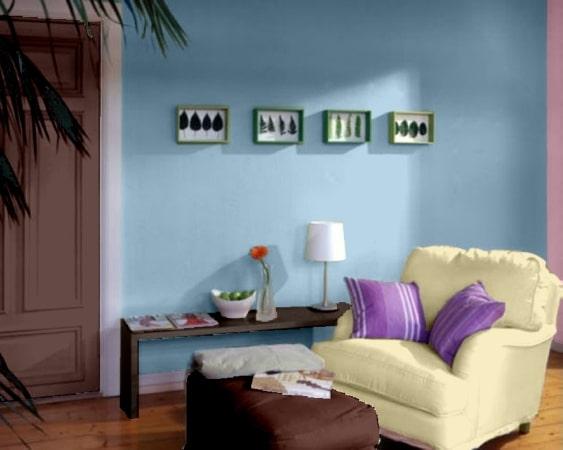 aranzacja pokoju z niebieskimi ścianami