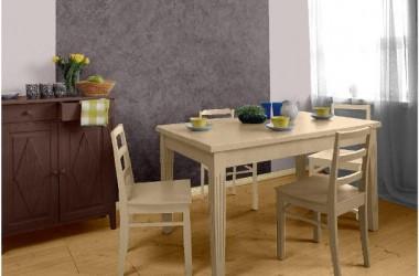 Kolor ściany przy stole w pokoju