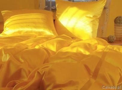 Pościel atłasowa w kolorze słońca - do kupienia www.calvado.pl (169 zł)