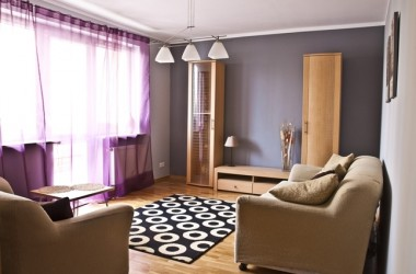 Metamorfoza pokoju dzięki kolorom; zmiana po home stagingu