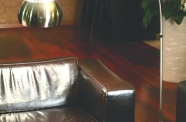 Lampy do minimalistycznych pokoi