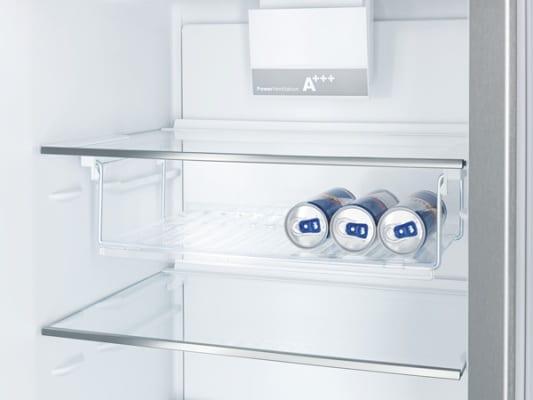 Półki w lodówce Bosch SmartCool