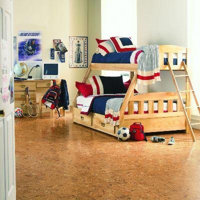 Podłoga korkowa firmy Torlys w pokoju dziecięcym