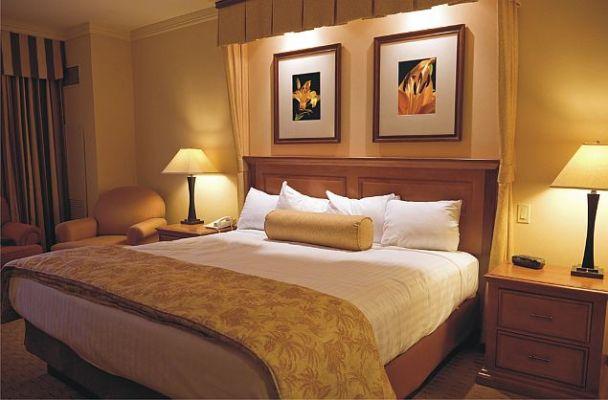 Oświetlenie LED w sypialni (firmy Kobi Light)