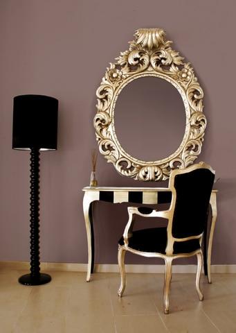 Styl glamour. Na ścianie kolory z palety Glamour Dekoral Fashion