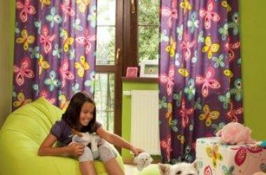 Młodzieżowy pokój – modne tkaniny
