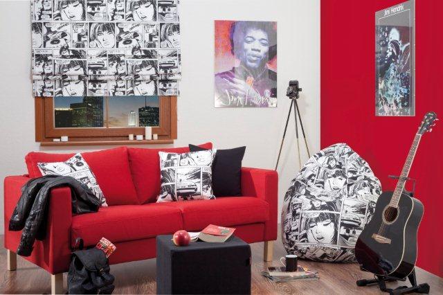 Pokój młodzieżowy urządzony w mocnych kolorach (tkaniny z kolekcji Comics Dekoria.pl), W takim wnętrzu lampy-żarówki to dobry pomysł