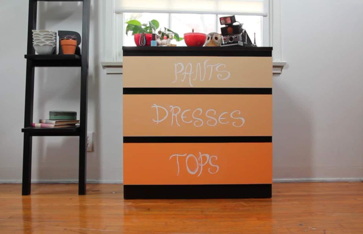 Fronty szuflad pomalowane farba tablicową