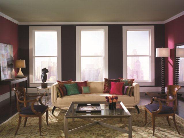 Salon w stylu amerykańskim - na ścianach kolory z palety Benjamin Moore