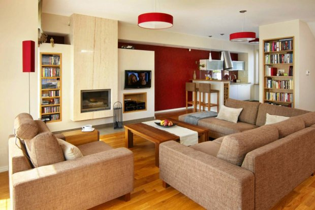 Aneks wypoczynkowy w klasycznym stylu - z kominkiem i telewizorem