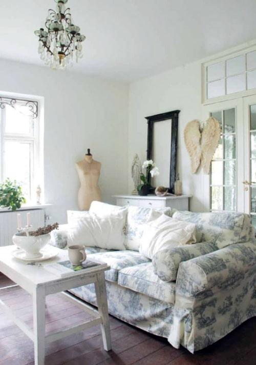 Styl skandynawski jest jednym z najpopularniejszych kierunków w aranżacji wnętrz. Doskonale łączy ze sobą estetykę i funkcjonalność, zachwyca naturalnością i prostotą. Dominującym kolorem jest biel, którą uzupełniają dodatki w kontrastujących odcieniach. Tkaniny z kolekcji Cotton Panama Dekoria.pl