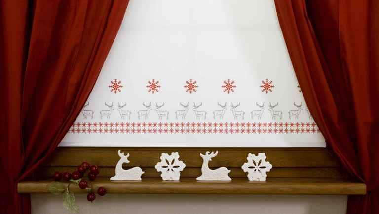 Roleta okienna jako dekoracja świąteczna - e-lotari.pl