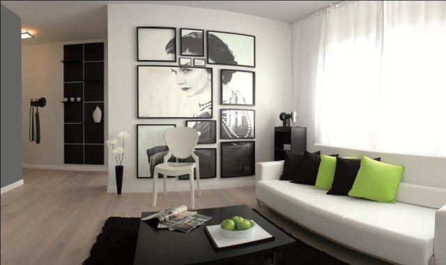 Biała ściana to dobre tło dla domowej galerii