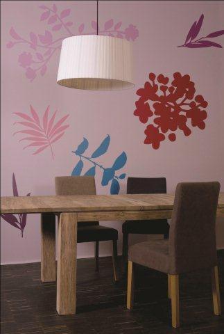 Wielobarwne liście - wzór namalowany od szablonu farba Tikkurila