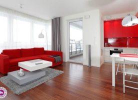 Jakie meble i ściany do mahoniowej podłogi