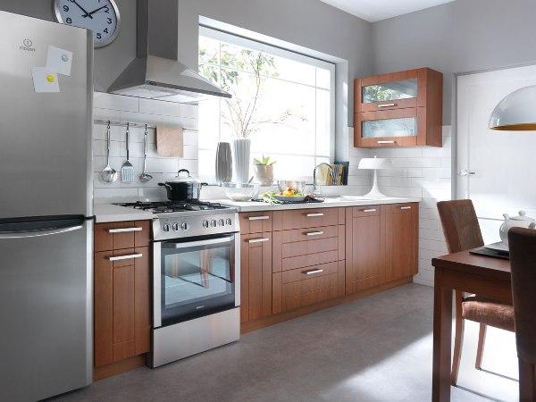 Nowe spojrzenie na klasyczne drewno w kuchniach Black Red White Family Line