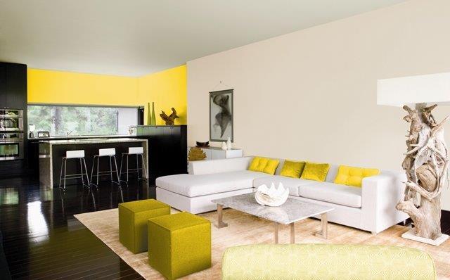 Mocne kolory w mieszkaniu Benjamin Moore