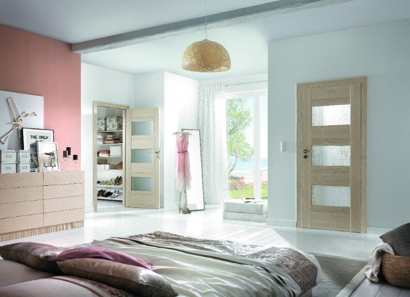 Drzwi Porta w sypialni - model częściowo przeszklony