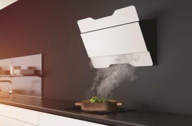 Białe okapy w kuchni
