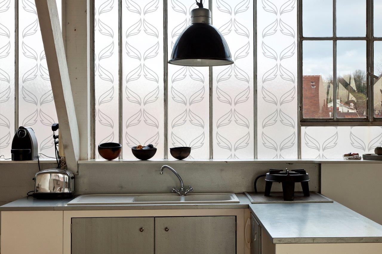 Folia szroniona na oknie - wzór francuski